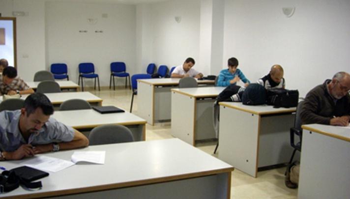 La Federación Valenciana convoca un curso de juez de atletismo /La Federació Valenciana convoca un curs de jutge d'atletisme