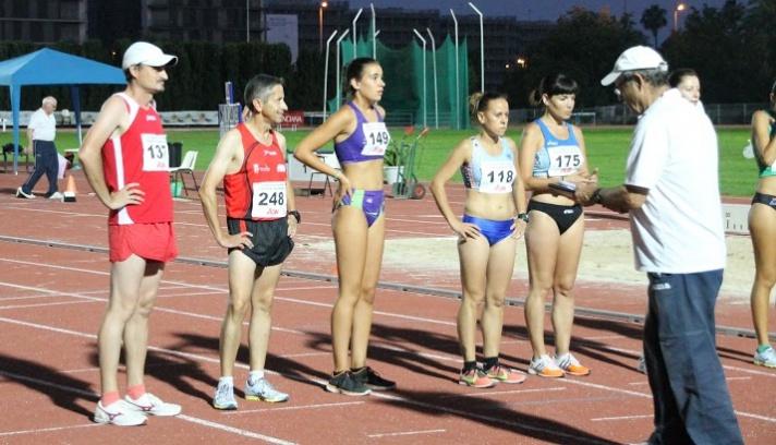 La capital valenciana acoge un nuevo curso de juez de atletismo/La capital valenciana acull un nou curs de jutge d'atletisme