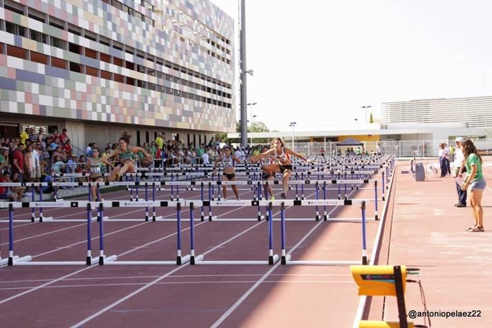 Castellón acoge un nuevo curso de juez de atletismo /Castelló acull un nou curs de jutge d'atletisme