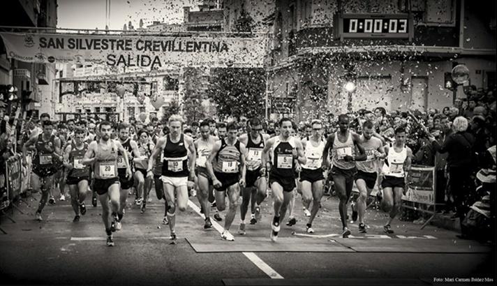 Miles de corredores despiden el año en la tradicional San Silvestre Crevillentina/Milers de corredors despedixen l'any en la tradicional Sant Silvestre Crevillentina