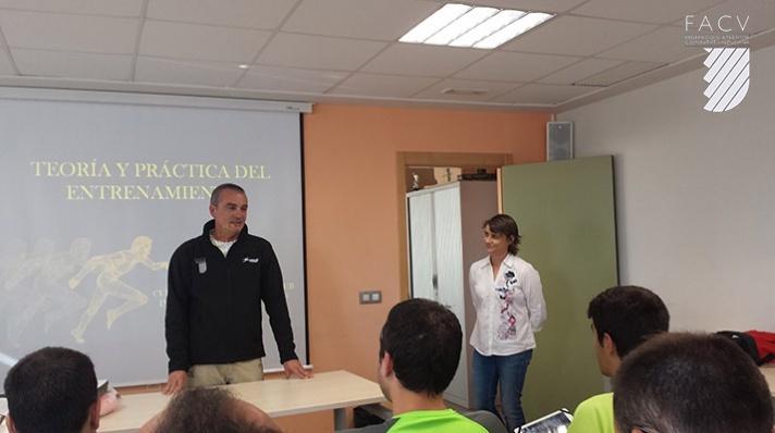 La FACV convoca cursos de monitor y entrenador de atletismo/La FACV convoca cursos de monitor i entrenador d'atletisme