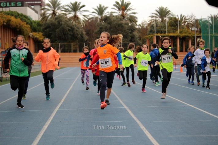 Comienzan las Escuelas de la Federación de Atletismo/Comencen les Escoles de la Federación d'Atletisme