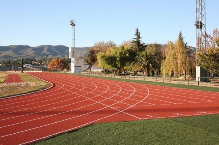 Vuelve el Atletismo Escolar a Ontinyent/Torna l'atletisme escolar a Ontinyent